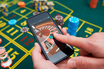 Live streaming roulette on your smartphone